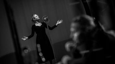 Foto: Édith Piaf - aranžovaná skúška
